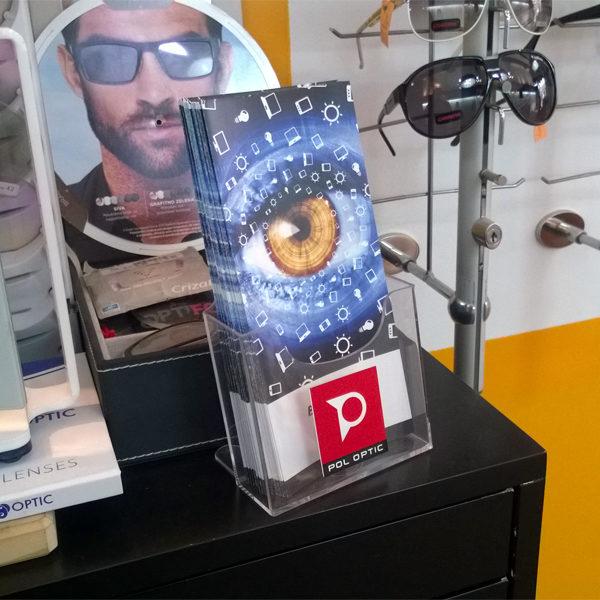 Ekonomik-stalak-za-flajere-format-DL-slika u objektu